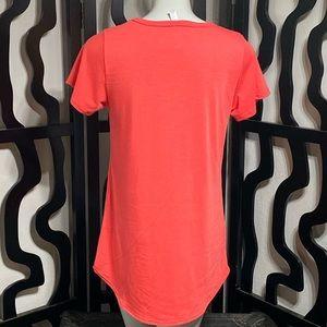 LuLaRoe Tops - Lularoe Short Sleeve Shirt